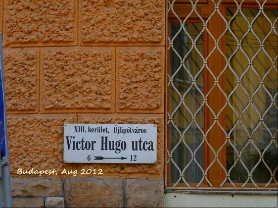Budapest Center House: Street name
