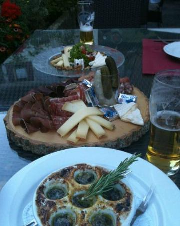 Brasserie de l'Ours: From the top of the pic, cheese platter, cured meats platter, snails.