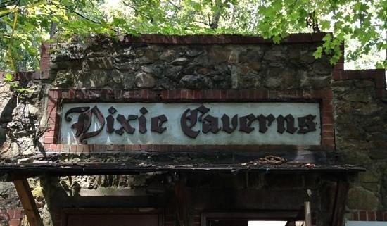 Salem, VA: Entrance to the Cavern