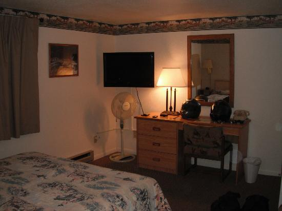 Greybull Motel: Inside the room