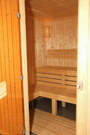 Car Hotel: Sauna