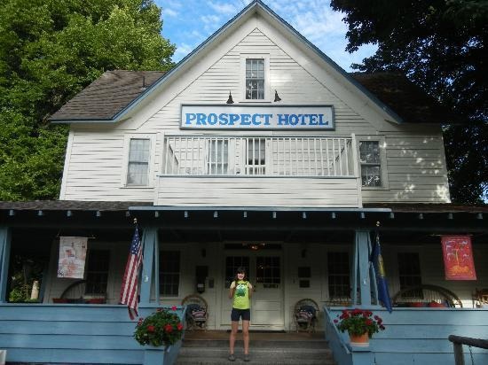 Prospect Historic Hotel - Motel and Dinner House: Hotel Front
