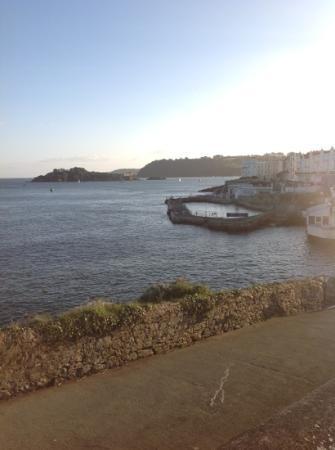Sea Breezes : beautiful location