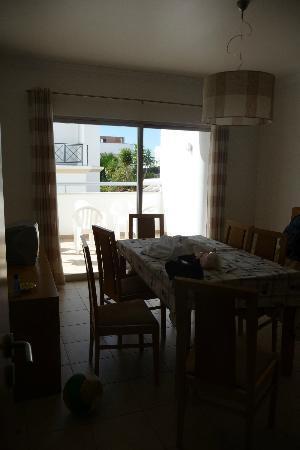 Albufeira Mar Vilas: Dining area and Terrace
