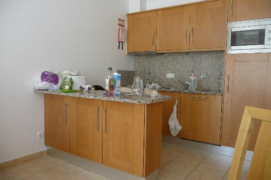 Albufeira Mar Vilas : Kitchen