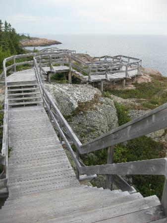 Condo-Hotel Natakam and Cottages: many fenced in walkways to make hiking safer