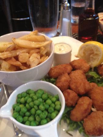 Wilson Arms: Scampi and chips