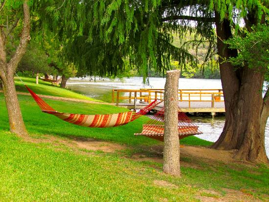 Lake Austin Spa Resort: This hammock was calling my name the first day I got there. Enjoyed it even in August!