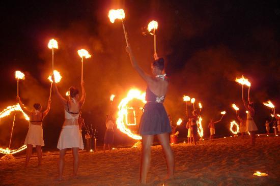 Fiesta Hotel Garden Beach: beach show