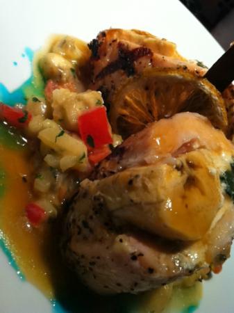 The Royal Haciendas All Suites Resort & Spa: Chicken dish at Los Murales