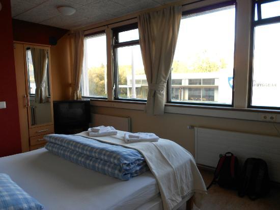 Borgarnes HI Hostel : vista camera 12