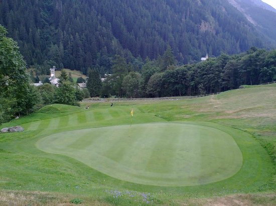 Golf Club Gressoney Monterosa: *