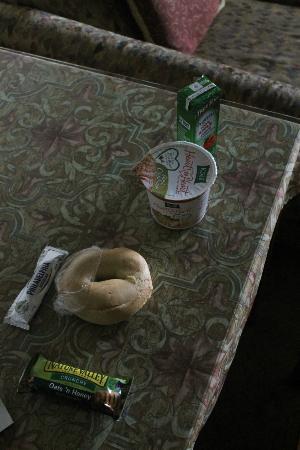 Anchorage Grand Hotel: Le délicieux petit déjeuner...beurk!