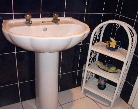 The Rosses B&B: Bathroom