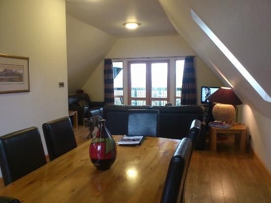 Forbes of Kingennie Country Resort: Living / Dinning Room area in Glen Lyon Lodge