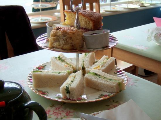 Cragg Sisters Tearoom: Wonderful afternoon tea!