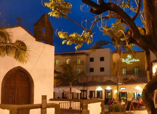 Porto Santa Maria Hotel: from old town