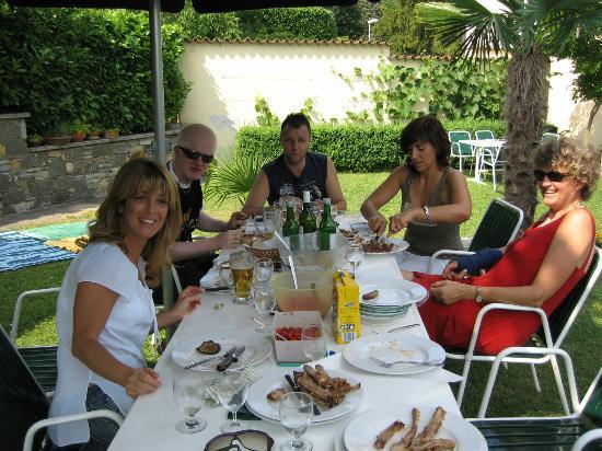 Villa Capriasca: Gemütlich im Garten