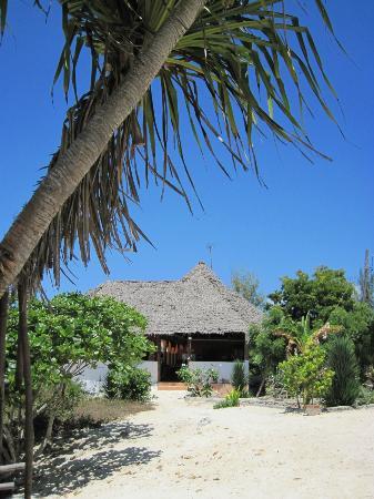 Mbuyuni Beach Village: Vue extérieure du restaurant