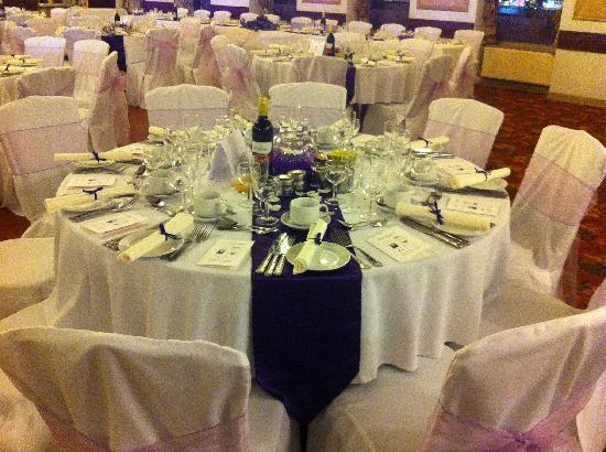 Lisdoonie Hotel: Wedding Table Setting