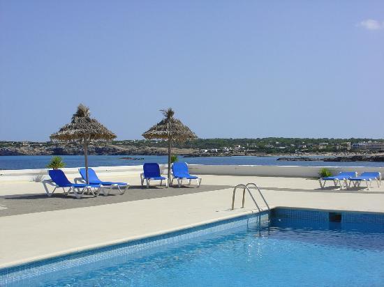 Photo of Hotel Roca Bella Es Pujols