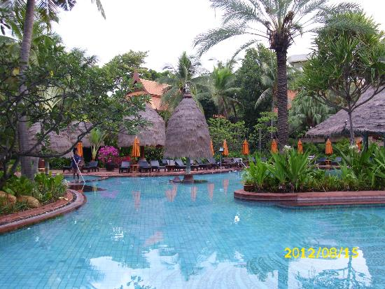 Anantara Hua Hin Resort: Teil des Pools