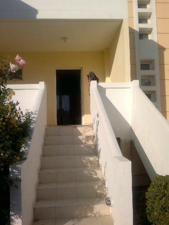 Villa Marina Apartments: Room entrance