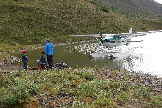 Alaska Bush Float Plane Service: Getting picked up.