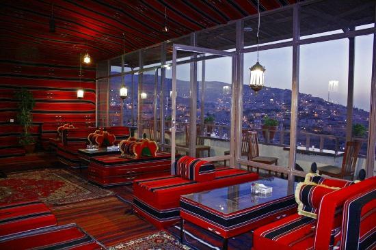 Rocky Mountain Hotel: Rooftop Terrace