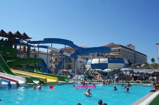 Eftalia Aqua Resort: Slides which open in the afternoon