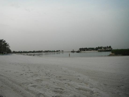 The Ritz-Carlton, Bahrain: large beach