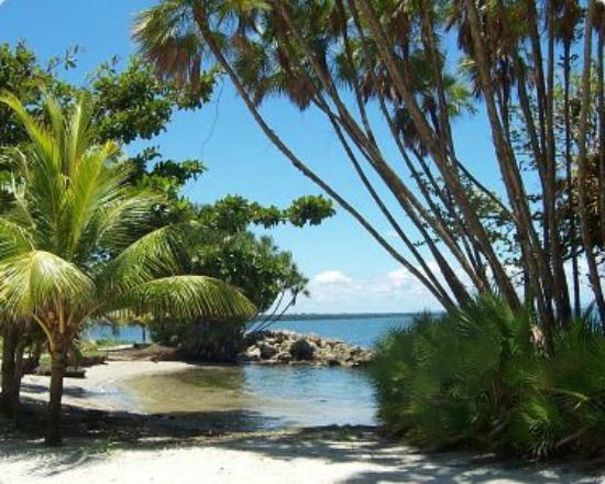 Playa Blanca In Livingston Guatemala By Hotel Rios Tropicales