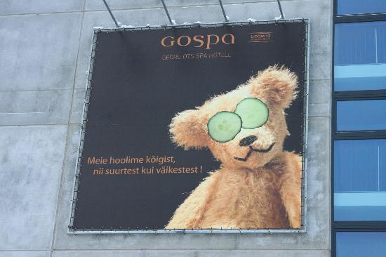 Georg Ots Spa Hotel: Famous bear )))