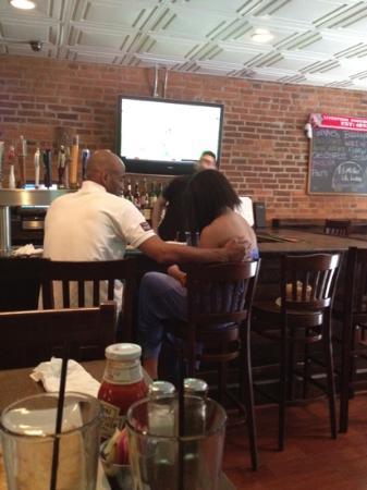 Smiths Restaurant & Bar: bar area