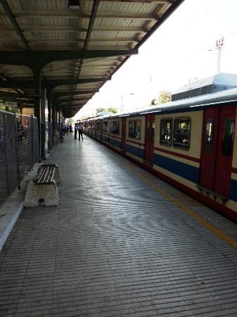 Yesilkoy Airport Boutique Hotel: The nearby train to Istanbul Centre