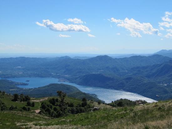 Cascina Incocco : Lake Orta from Mottarone