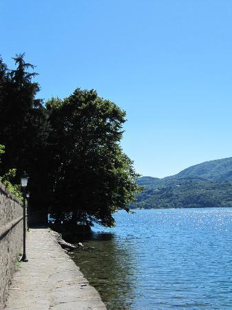 Cascina Incocco : Lake Orta - lovely bathing