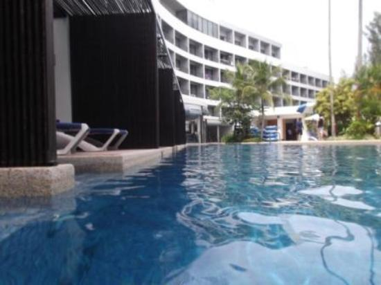 Rooms with private access to swimming pool picture of - Hard rock hotel penang swimming pool ...