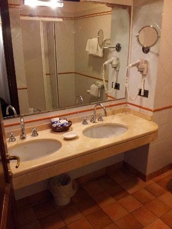 Hotel Filippo II: bagno