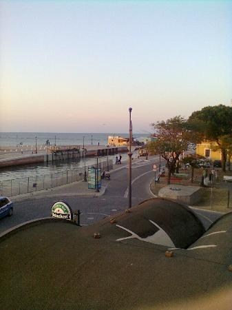 Hotel Miramare: tramonto, dal balcone della camera