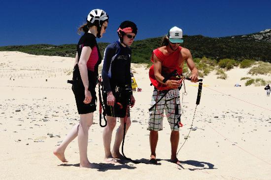 Tantrum Kitesurf: Setting the kite up