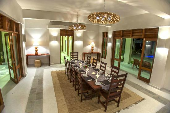 Beach House Kilifi: Dining room