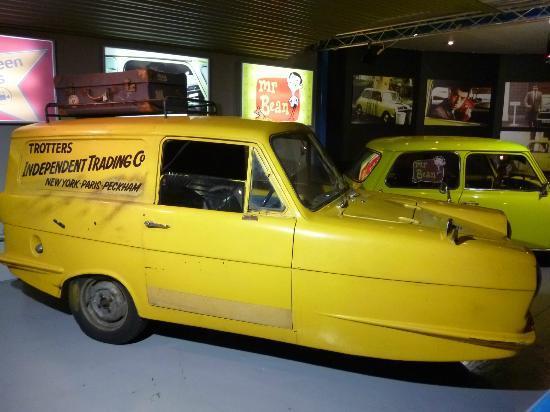 Bond picture of beaulieu national motor museum beaulieu for National motors used cars