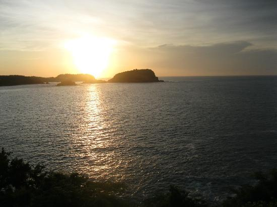 Las Brisas Huatulco: Sunrise from Suite Terrace