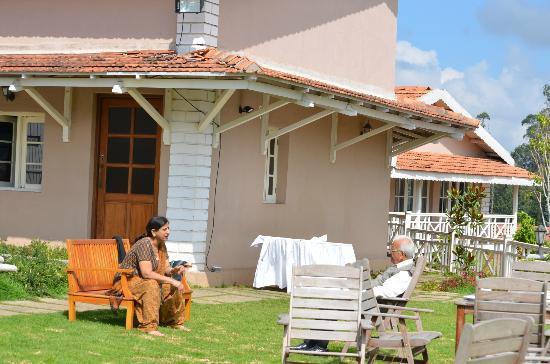 Club Mahindra Derby Green: Sitting space