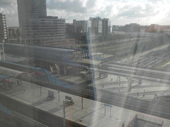 Holiday Inn Express Amsterdam-Sloterdijk Station: View from 7th floor room