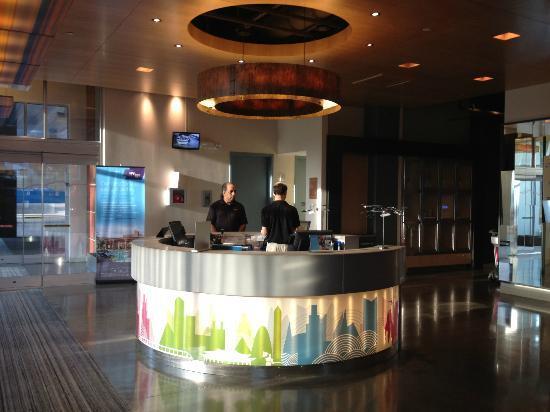 Aloft Houston by the Galleria: Lobby
