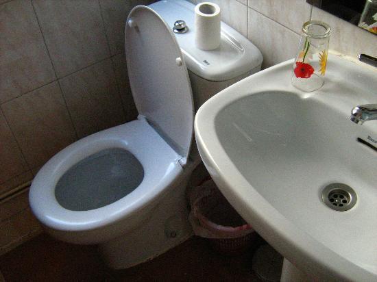 Hostal Casa Bueno: Outra foto do banheiro