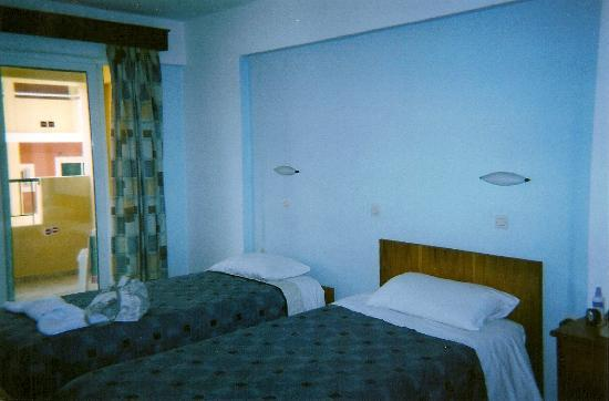 Alexis Apartments: one of the bedrooms