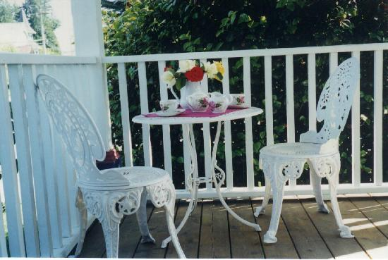 A Small World B&B: Spend time on the veranda